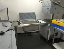 Stainless steel dish washing facility